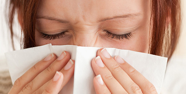 avoiding allergies by keeping your home clean